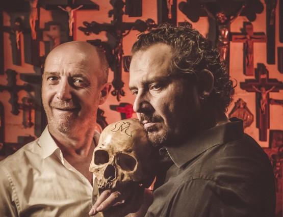 """""""237 reden om door te gaan."""" Hans Van Cauwenberghe & Axel Daeseleire foto: Jimmy Kets"""